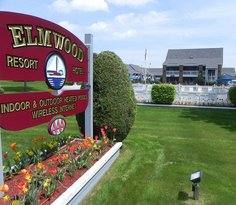 Elmwood Resort Hotel
