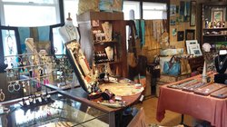 I Love Hana Art Boutique