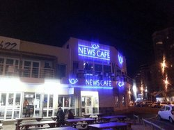 News Cafe Table View
