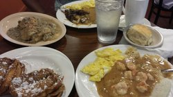 Narobia's Grits and Gravy