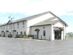 Days Inn Le Roy/Bloomington Southeast
