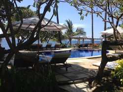 Poinciana Oceanside Resort & Retreat Centre