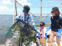 OBX Crabbing and Shrimping Charters