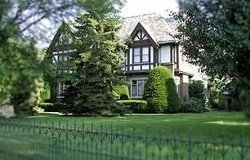English Manor Bed and Breakfast