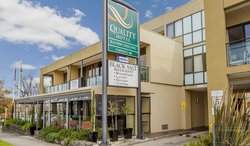 Chifley Hotel & Apartments Geelong