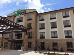 ‪Holiday Inn Express Hotel & Suites St Louis Airport‬