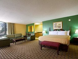 Days Inn And Suites Duncan/Spartanburg