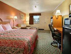 Days Inn Pineville