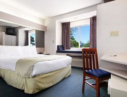Microtel Inn & Suites by Wyndham Richmond Airport