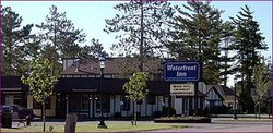 Waterfront Inn - Mackinaw City