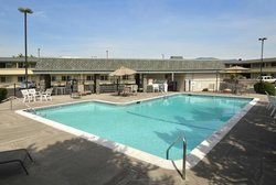 Econo Lodge Inn & Suites Central