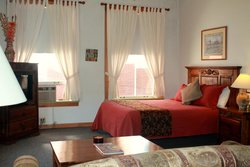Canyon Rose Suites