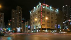 BEST WESTERN PLUS River North Chicago Downtown Hotel