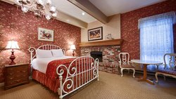 BEST WESTERN Grandma's Feather Bed