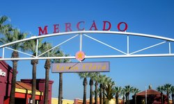 Mercado Shopping Center
