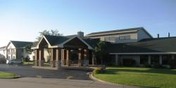 Crossings By GrandStay Inn & Suites Davenport