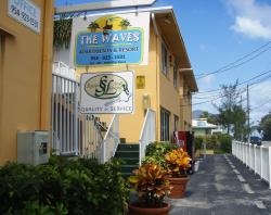 The Waves Apartments & Res
