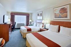 Holiday Inn Express Hotel & Suites Burlington