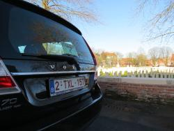 Lest We Forget Battlefield Tours (Flanders)
