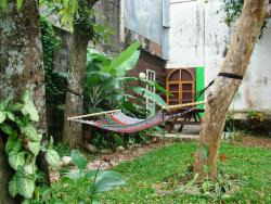 El Patio Hostal & Camping