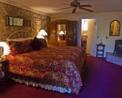 Shady Oaks Country Inn