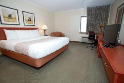 La Quinta Inn Milwaukee West Brookfield