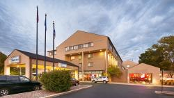 BEST WESTERN PLUS InnTowner & the Highland Club