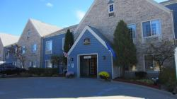 BEST WESTERN Quiet House & Suites Mequon