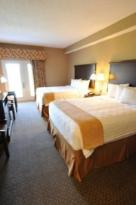 Boulders Inn & Suites - Oak Ridge