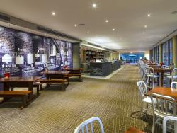 The Lovedale Bar and Restaurant