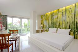 Sino House Phuket Hotel and Apartment