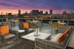 Fairfield Inn & Suites Nashville Downtown / The Gulch