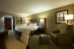 DoubleTree by Hilton Hotel Winston Salem - University