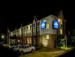 ‪Microtel Inn by Wyndham Charlotte/University Place‬
