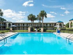 ‪Travelodge Inn & Suites Jacksonville Airport‬