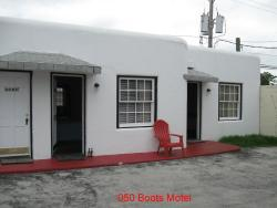 ‪Boots Court Motel‬