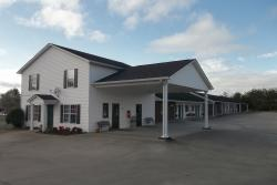 Douglas Inn & Suites
