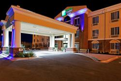 Holiday Inn Express Hotel & Suites Ozona
