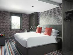 Village Urban Resort Glasgow