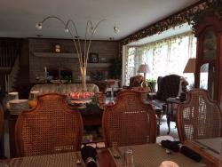 Deals Bed and Breakfast Inn