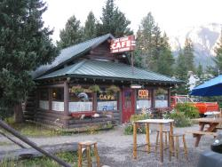Log Cabin Cafe & Bed & Breakfast