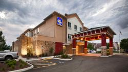 Photo of BEST WESTERN PLUS Boardman Inn & Suites