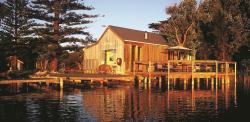 Birks Harbour - Boathouse & Birks River Retreats