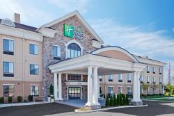Holiday Inn Express & Suites Warminster - Horsham