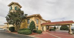 Baymont Inn & Suites Greenville Woodruff Rd