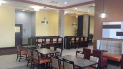North Platte Inn & Suites