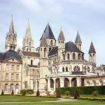  Abbey-Aux-Hommes