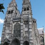  St Gatien Cathedral