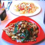 Grilled chicken with veggies & Fetuccine with veggies