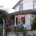 Groveland Cottage Bed & Breakfast